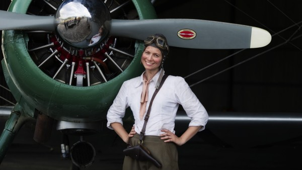 07 04. gbs amy johnson with her plane jason. %e2%84%a2 %c2%a9 2011 sky hd 1 nutopia uk 600x338